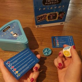 JEU TRIVIAL PURSUIT FRIENDS